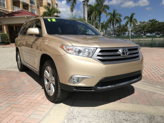 Certified Pre-Owned 2012 Toyota Highlander Limited